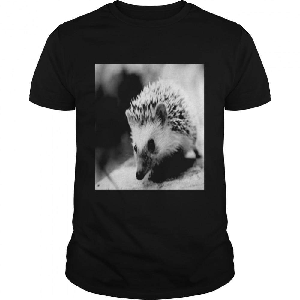 Sweet Hedgehog in autumn  Classic Men's T-shirt