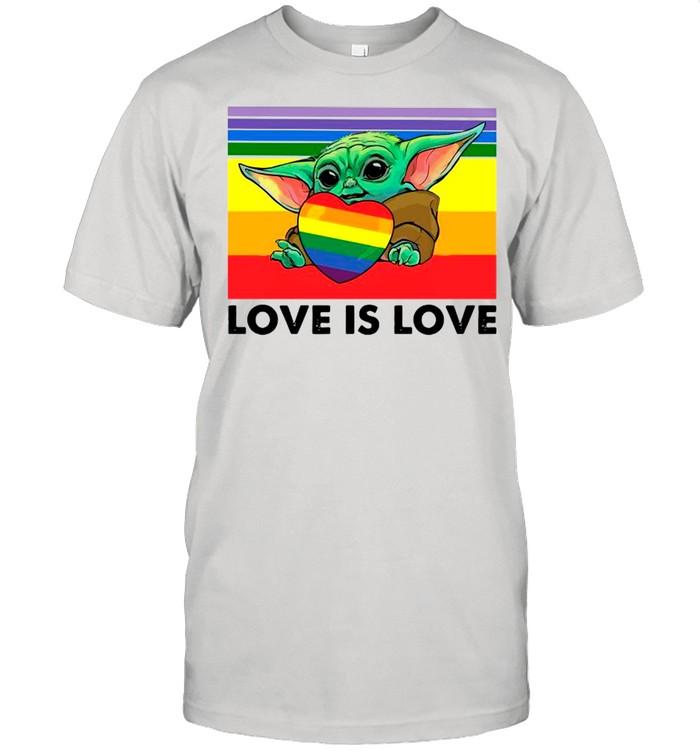 Star Wars Baby Yoda Hug Heart LGBT Love Is Love Vintage shirt Classic Men's T-shirt