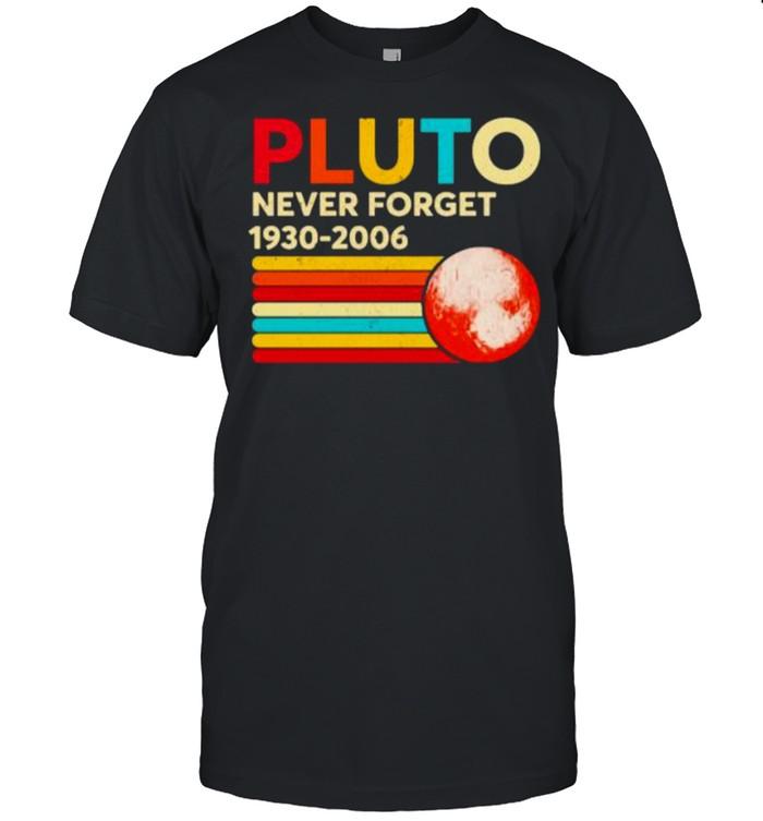 Pluto never forget 1930 2006 vintage shirt Classic Men's T-shirt